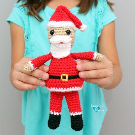 Mini Santa Amigurumi