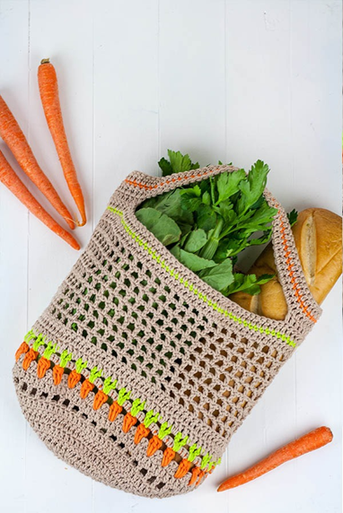 crochet market bag with carrot stitch