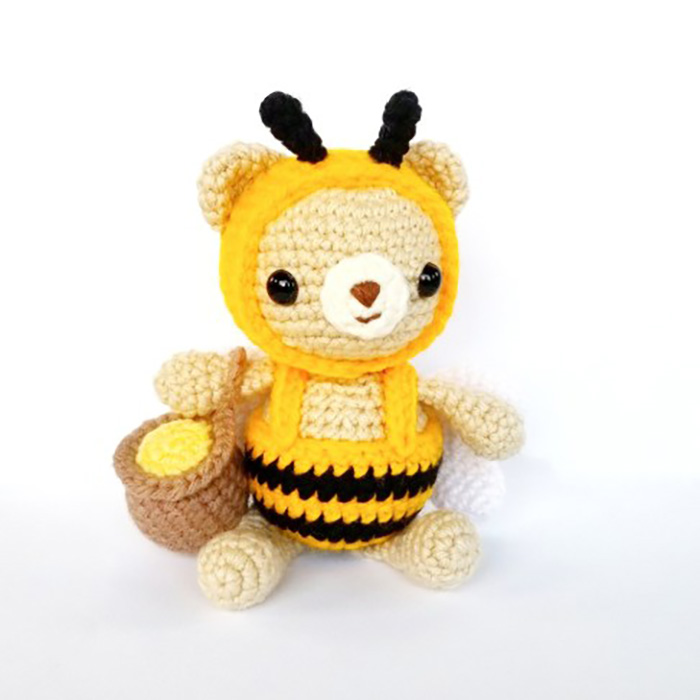 honey bear amigurumi